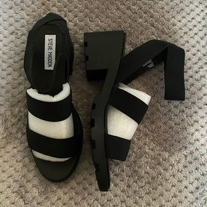 New Steve Madden Black Sandals